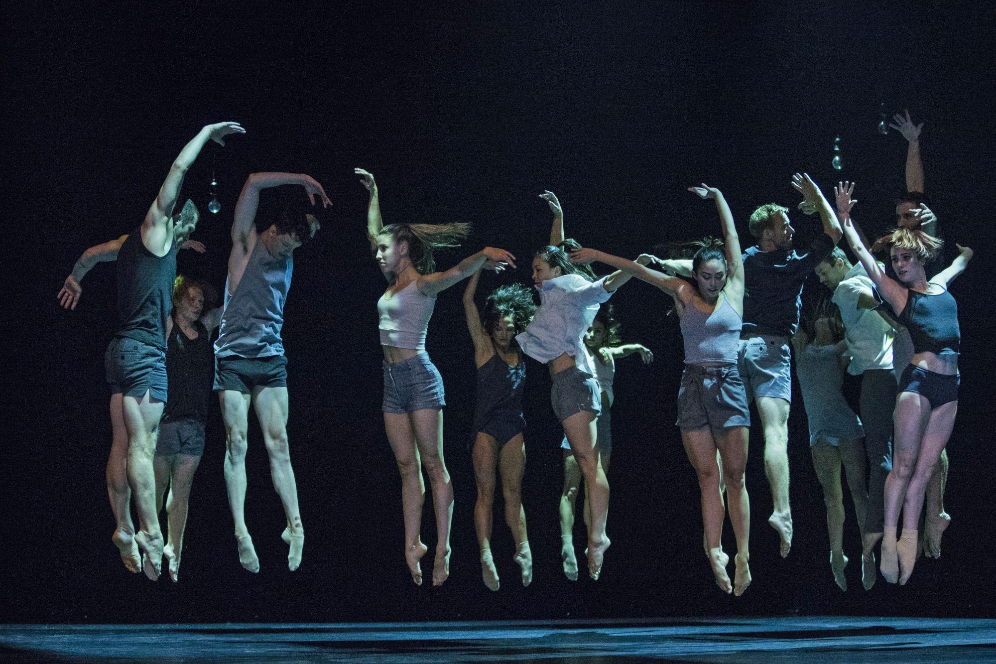 Sydney Dance Company - Lux Tenebris
