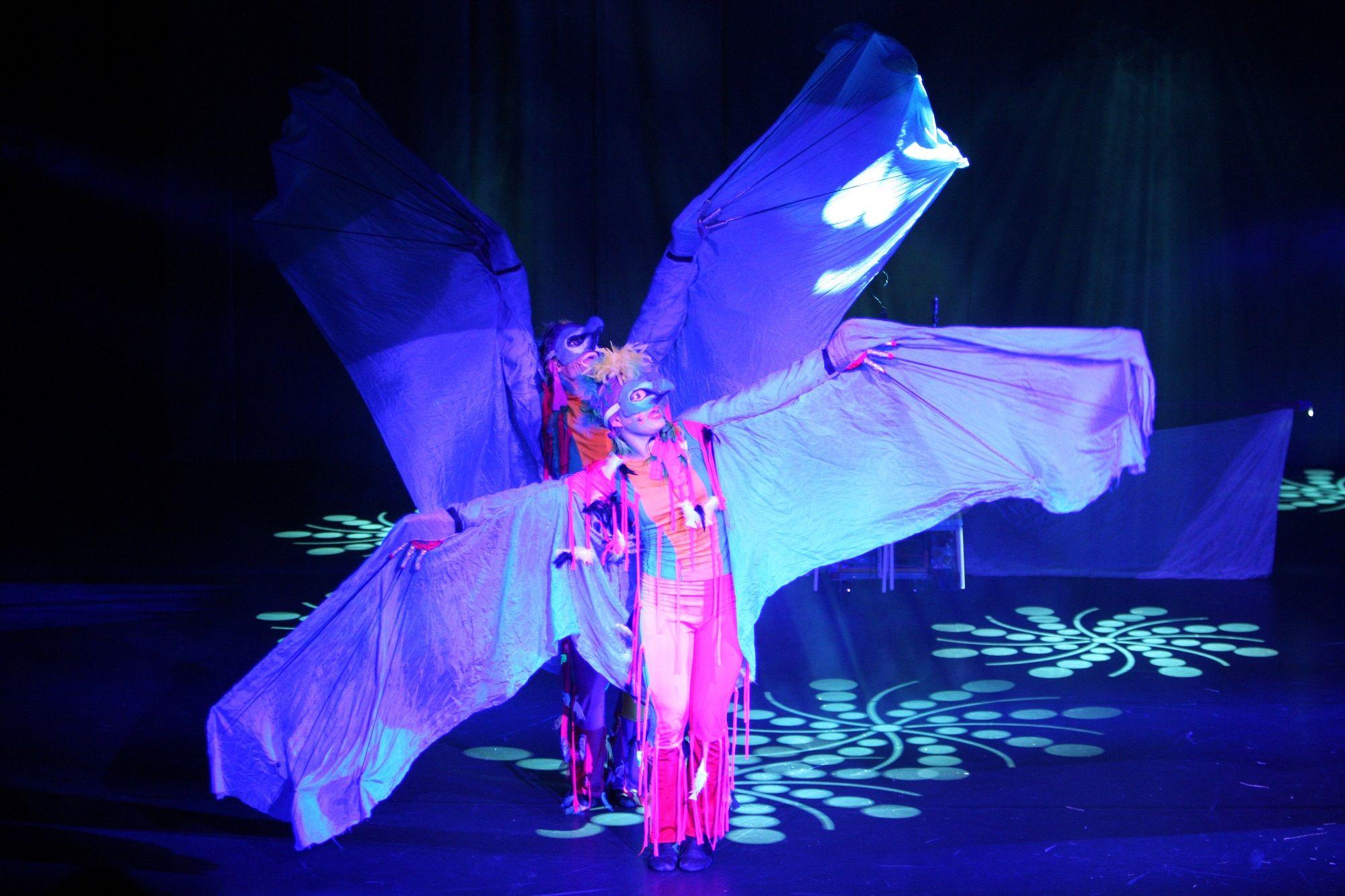 Glims&Gloms Dance Company 2008 Kaijat