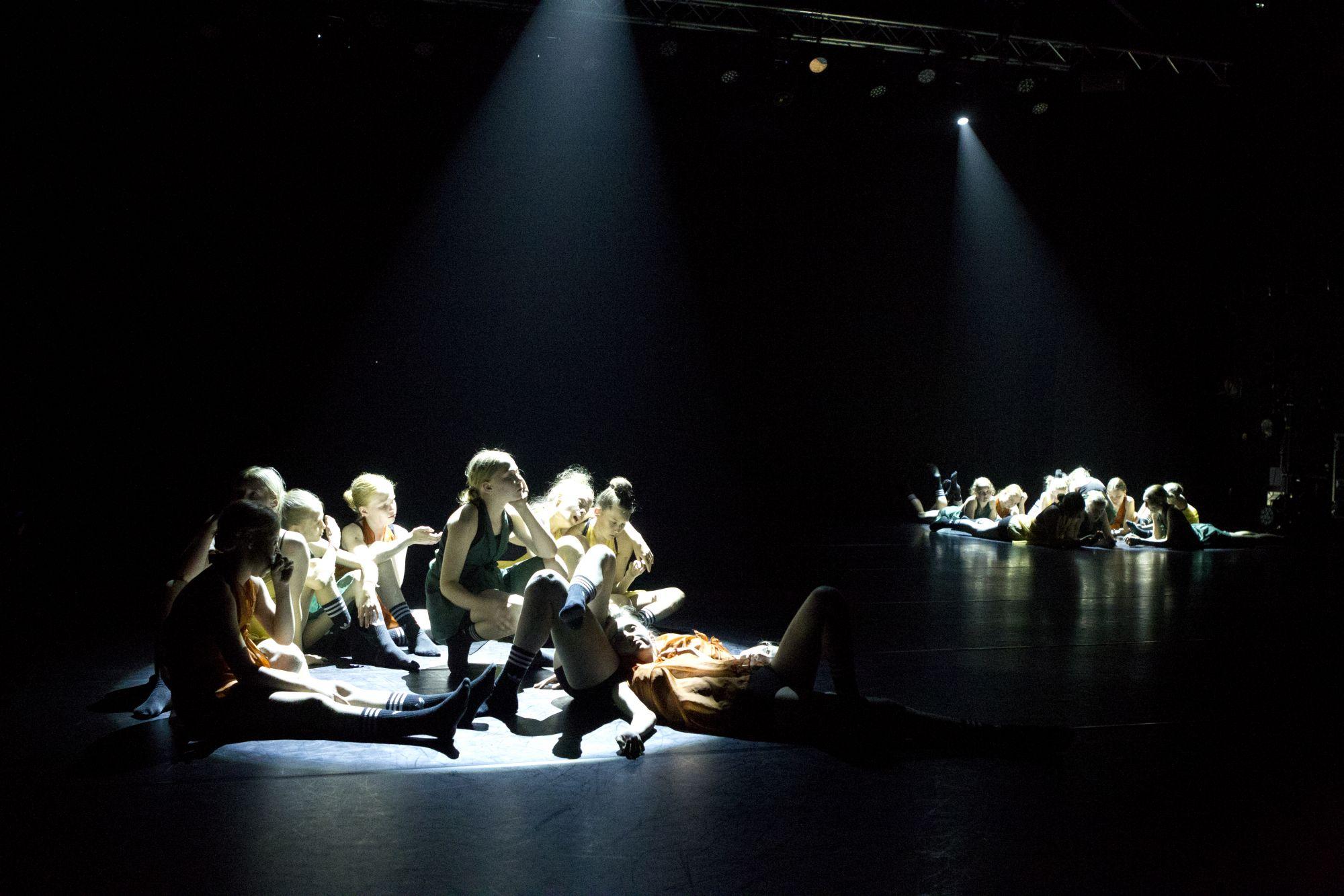 Oppilaitokset On Stage