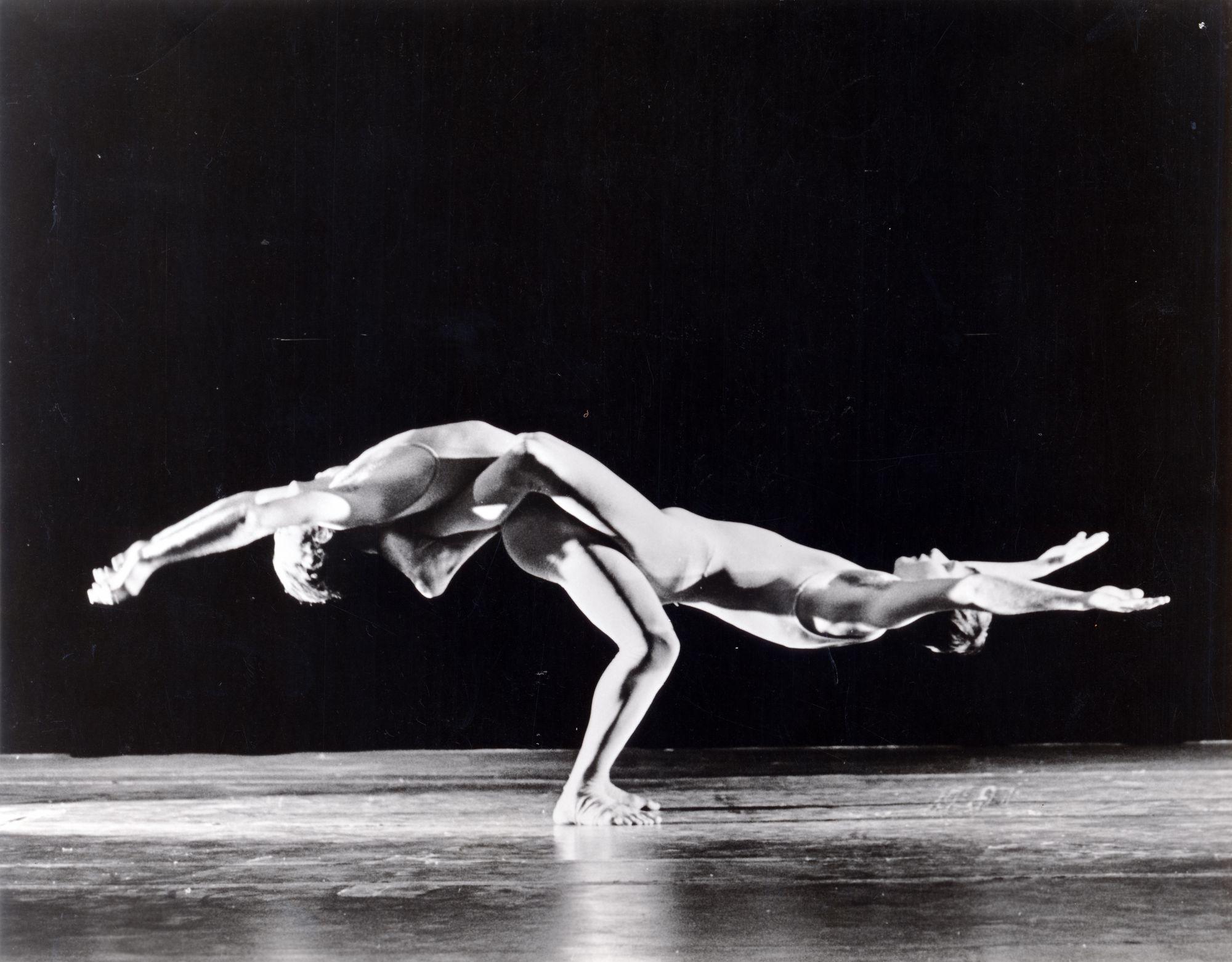 Pilobolus tanssiteatteri 1974