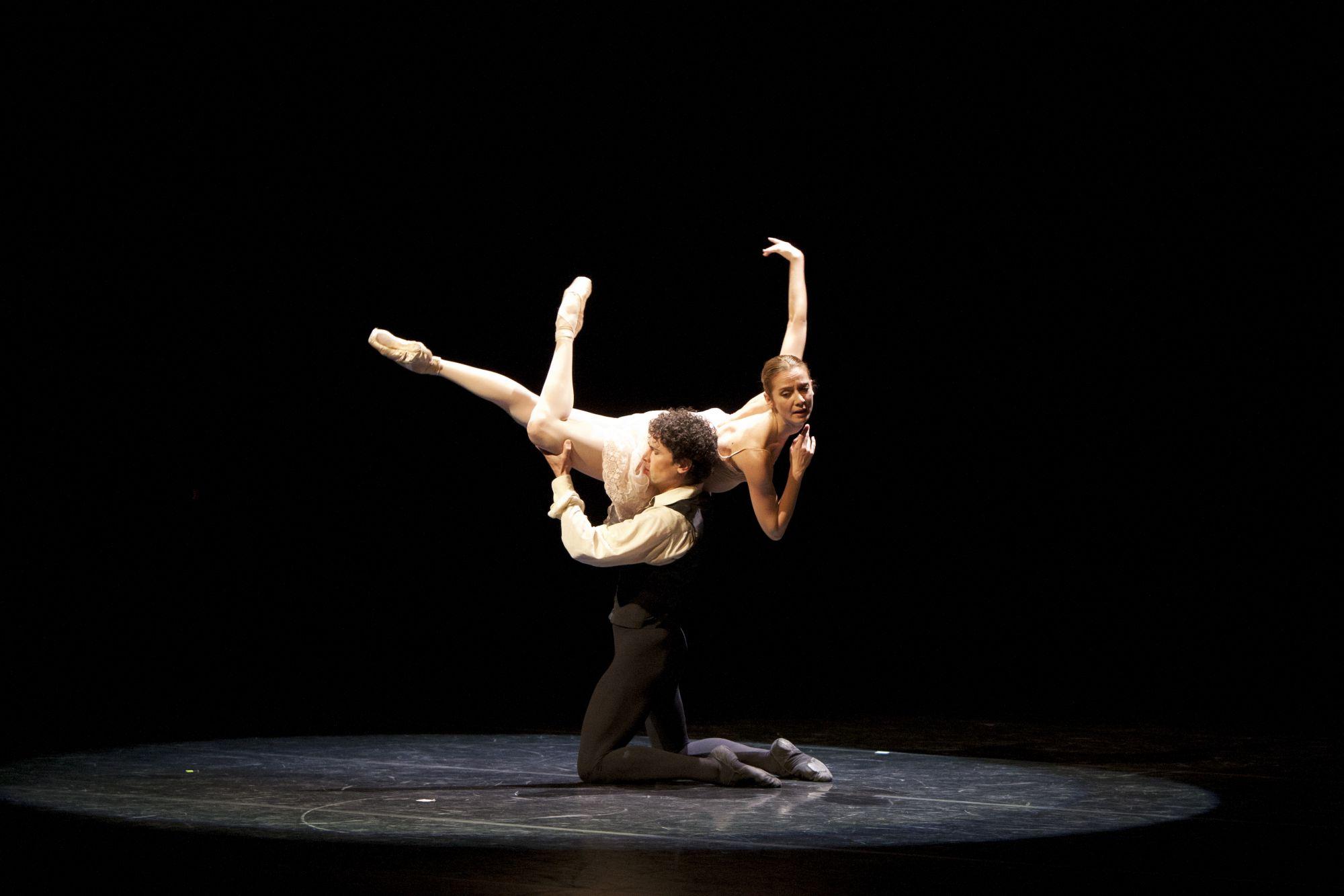 Agnes Letestu&Stephane Bullion, Paris Opera Ballet, La Dame aux Camelia pas de deux, 2014