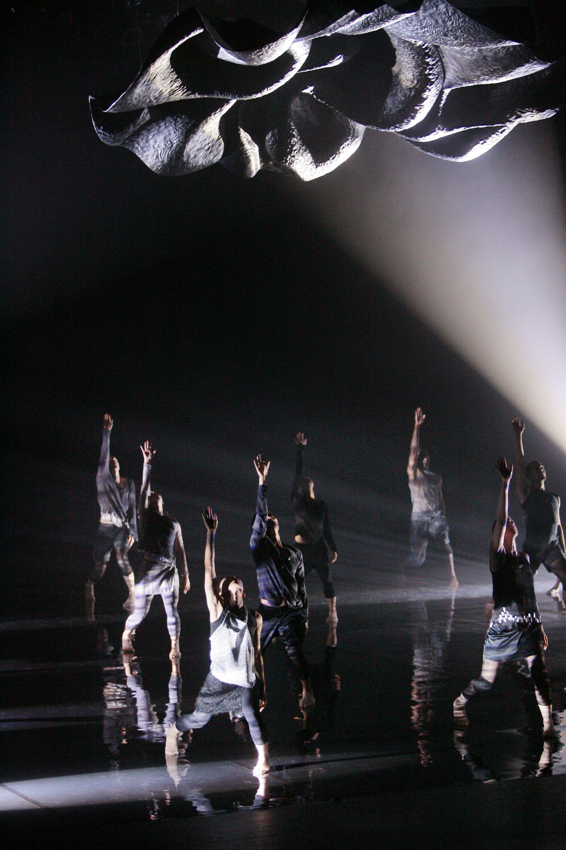 Skånes Dansteater, Black Water, chor. Jorma Uotinen 2010