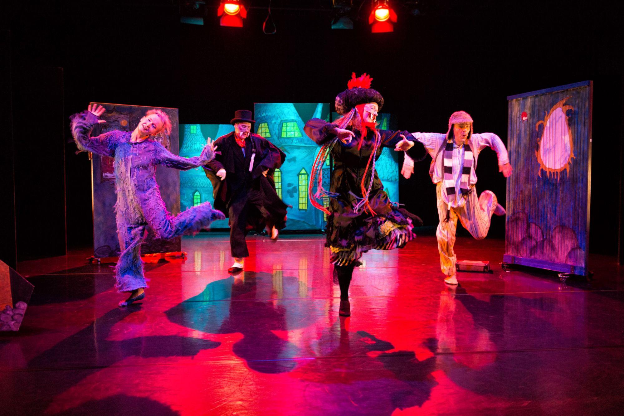 Tanssiteatteri Raatikko, Hui Kauhistus! 2006